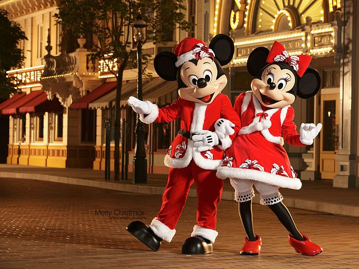 Mickey Mouse And Minnie Mouse In New Christmas Costume